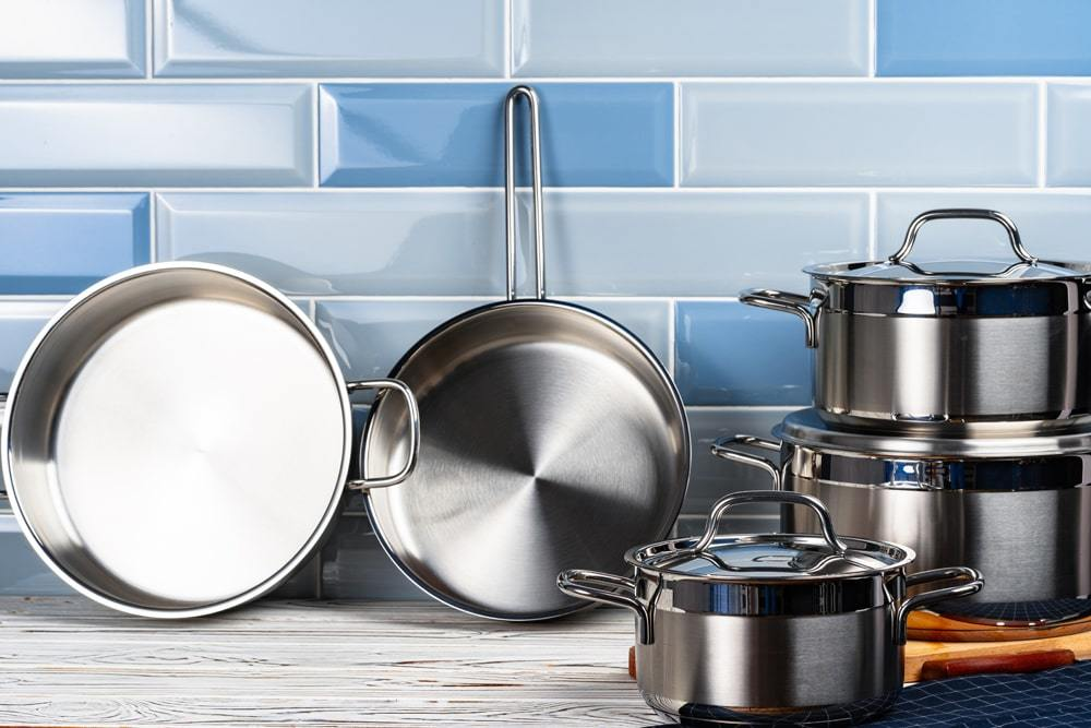 Common Problems With Old Aluminum Cookware