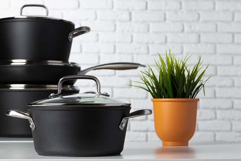 Make Pots and Pans Look New